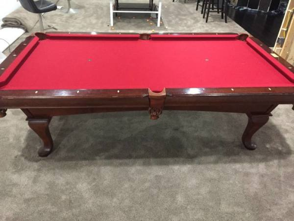"Roberts Customer Review. ""Pool Boss changed the felt on my pool table. They did an excellent job, look great! very professional and reall care about the end product! I would highly recommend them to anyone looking for a quality service at an affordable price! Thanks again to Pool Boss!"""